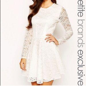 Cream lace dress 2P